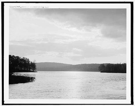lake-waban-465